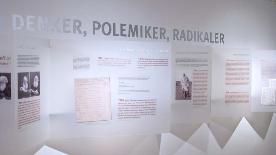 Tolstoi_5_Ausstellungsgrafik